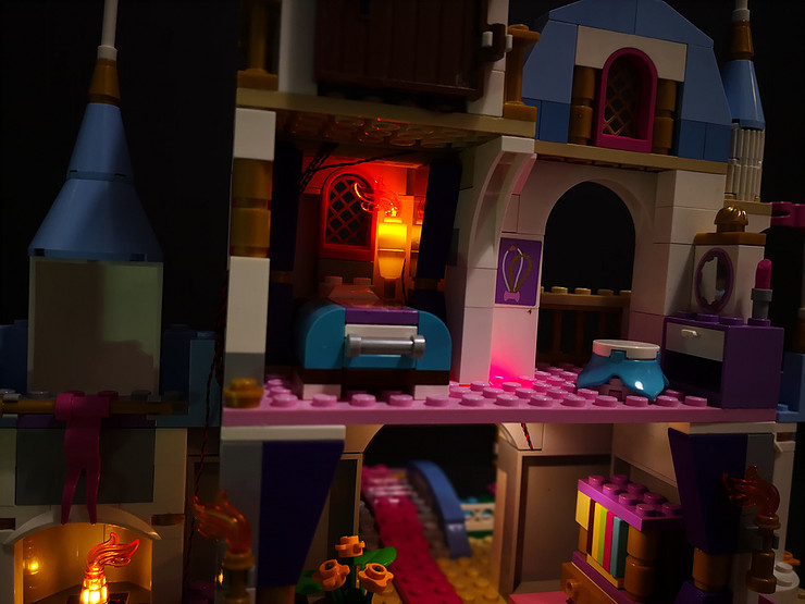 Review LED Light Kit for LEGO 41055 Cinderellas Romantic Castle2 - Bricks Delight