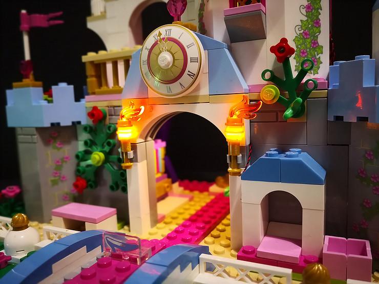 Review LED Light Kit for LEGO 41055 Cinderellas Romantic Castle7 - Bricks Delight