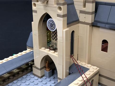 Review LED Light Kit for LEGO 71043 Hogwarts Castle 1 - Bricks Delight