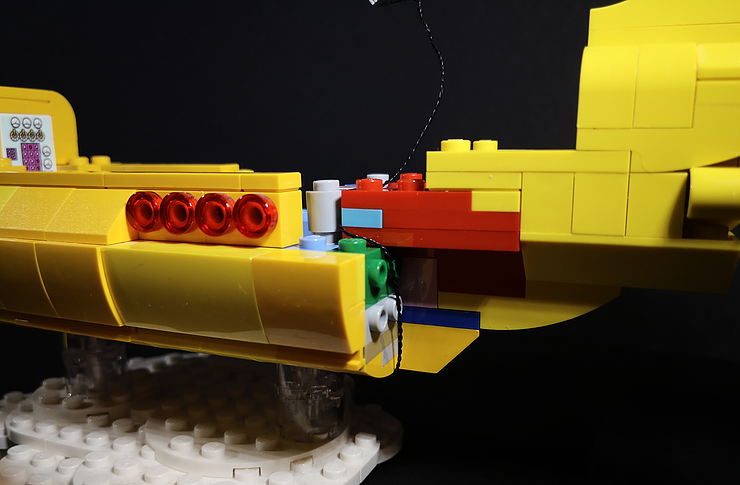 Review LED Light for LEGO 21306 The Yellow Submarine15 - Bricks Delight