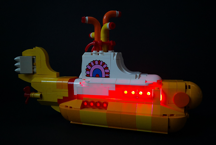 Review LED Light for LEGO 21306 The Yellow Submarine16 - Bricks Delight