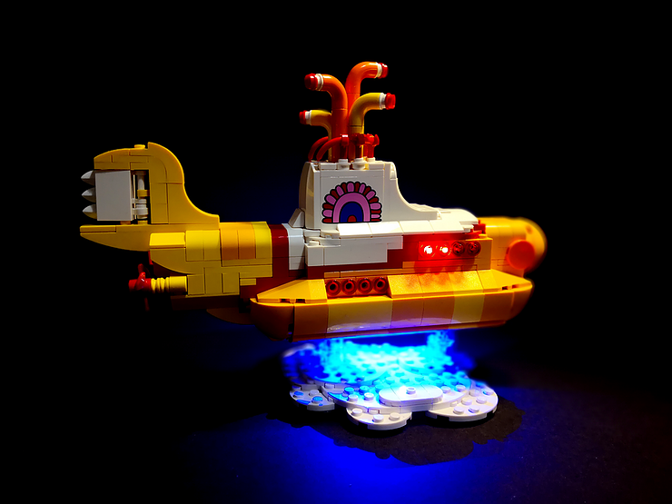 Review LED Light for LEGO 21306 The Yellow Submarine4 - Bricks Delight