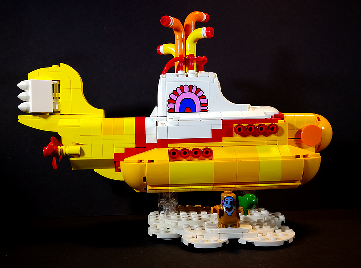 Review LED Light for LEGO 21306 The Yellow Submarine8 - Bricks Delight