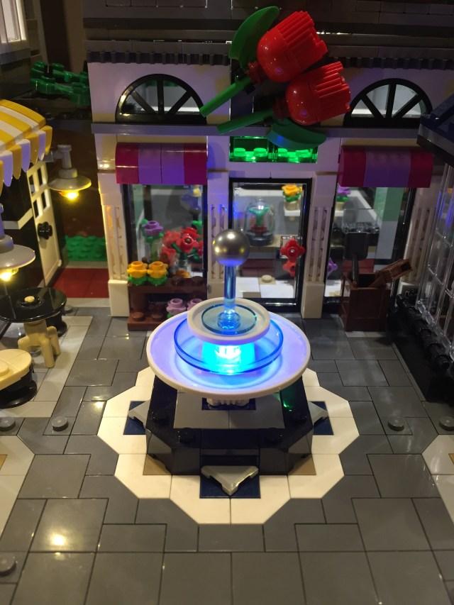 Review LEGO LED Light 1025516 - Bricks Delight