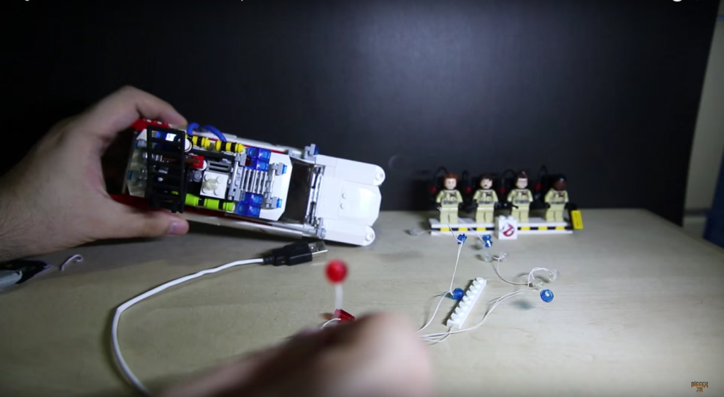 Review LED Light for LEGO GHOSTBUSTERS ECTO 1 21108 8 - Bricks Delight