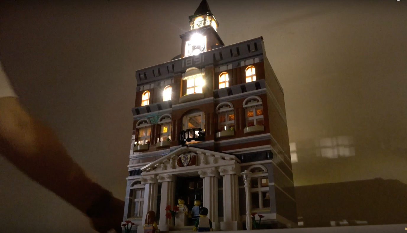 Review Led Light For Lego 10224 Town Hall1