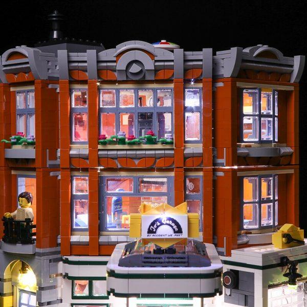 Led light for LEGO2019 new street series 10264 street corner car repair station building blocks assembled 3 - Bricks Delight